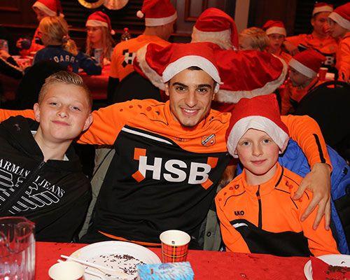 Ruim 240 kinderen bij Frook's kerstfeest!