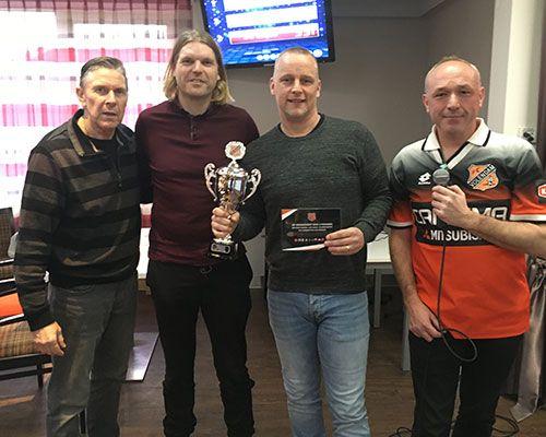 Negende editie FC Volendam Voetbalquiz prooi voor 'De Knoest'