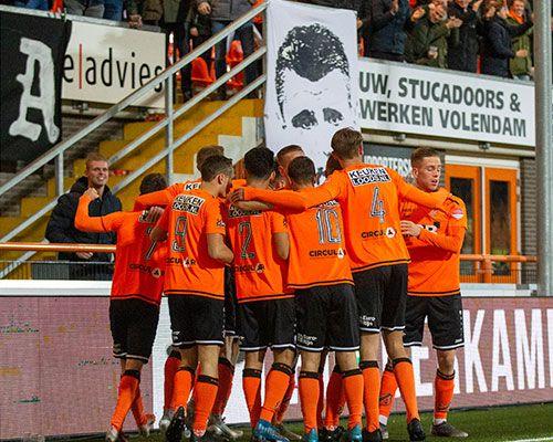 FC Volendam zegt contracten op en licht opties
