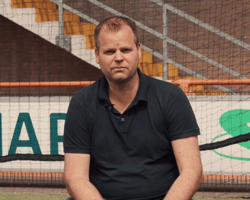 Veronica-shirt doet Hans Bond verlangen naar Eredivisie