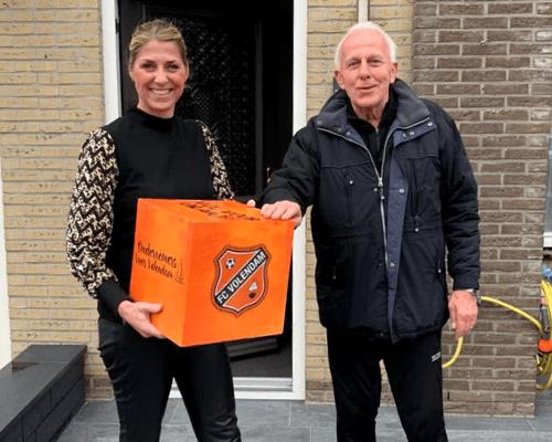 Club van 200 en boardingsponsors verrast met oranjebox