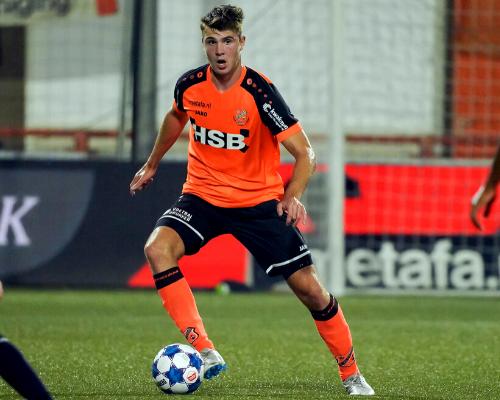 Jari Vlak gaat bij FC Emmen voor kans in Eredivisie