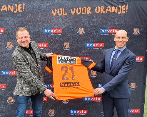 Verfgroothandel Bevela kleurt komende seizoenen het shirt van FC Volendam