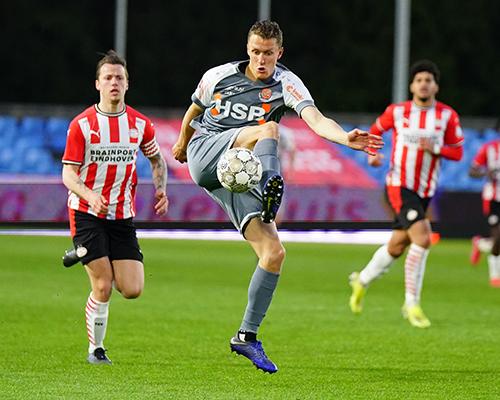 Kaars bezorgt FC Volendam een definitief play-off ticket