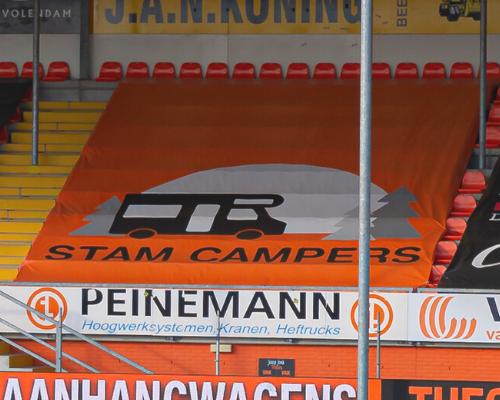 Stam Campers beloont fans FC Volendam met speciale korting op camperhuur
