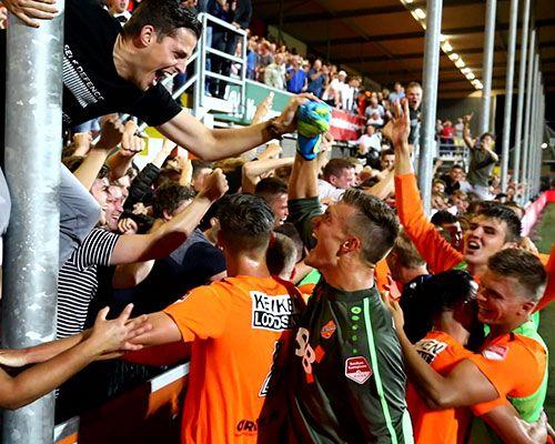 FC Volendam - NAC: Een voetbalfeestje zoals het hoort te zijn