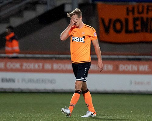 FC Volendam over de knie gelegd door oudgedienden