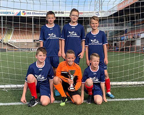 De Springplank en St. Petrusschool winnen 6 tegen 6 toernooi 2019